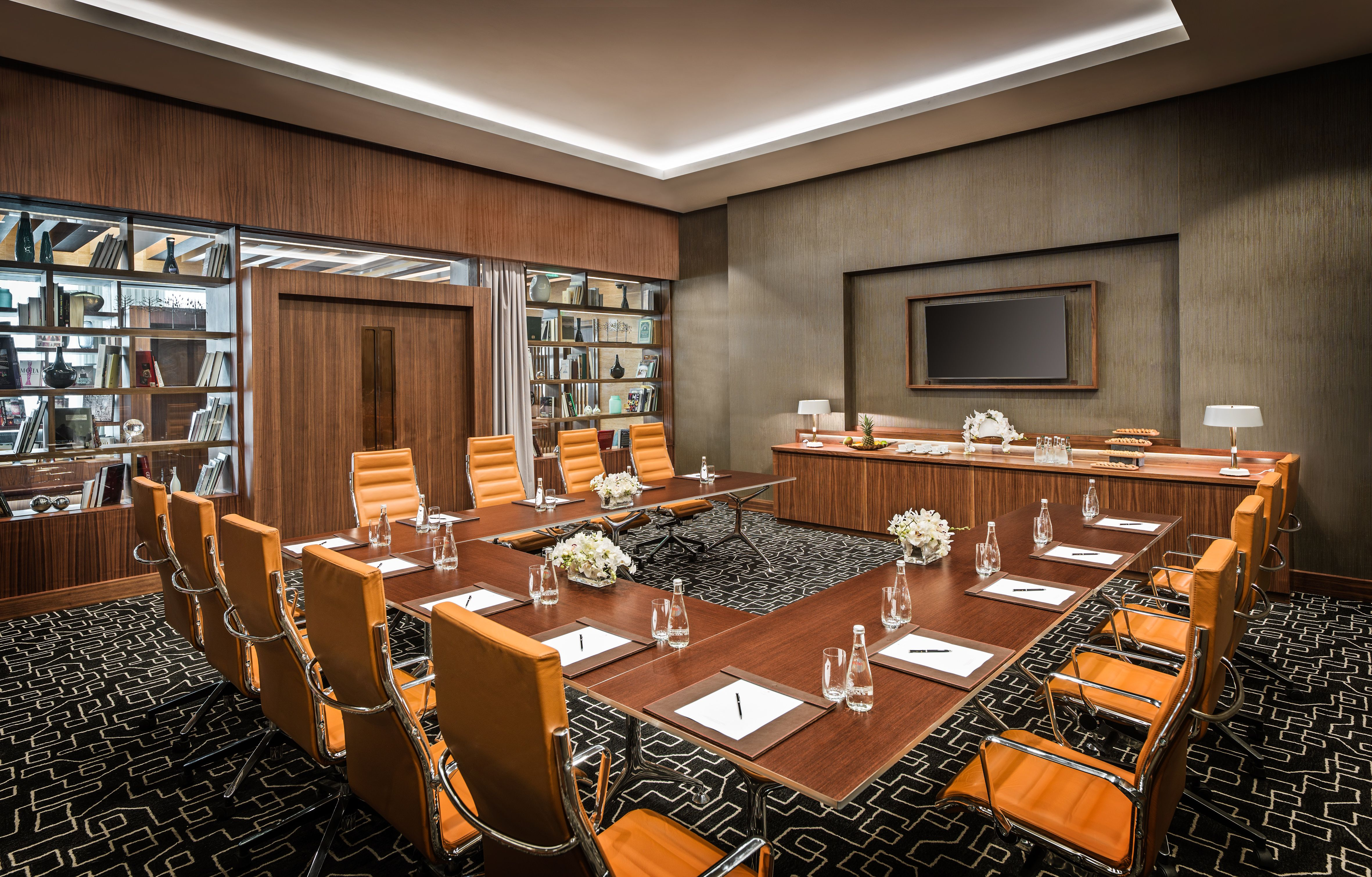 Intourist Hotel Baku Is Delighted To Present Its Elegant And Stylish Meeting Room 1934 Named After The Year Of The First Meeting Room Hotel Luxury Amenities