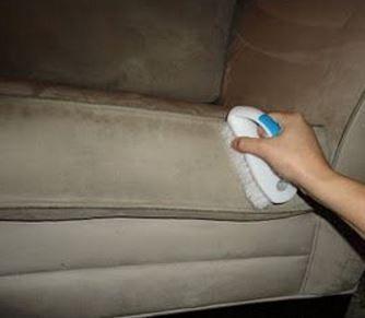 la technique simple mais infaillible pour nettoyer un canap en tissus ou en microfibre not 375 16 votes certains commencent dj satteler au lavage - Produit Pour Nettoyer Canape En Tissu