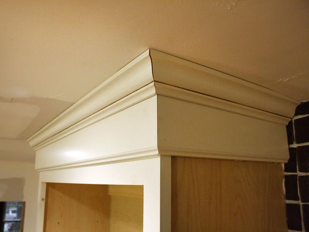 how to install cabinet crown molding diy home pinterest diy rh pinterest com Glazed Kitchen Cabinets how to install crown moulding above kitchen cabinets