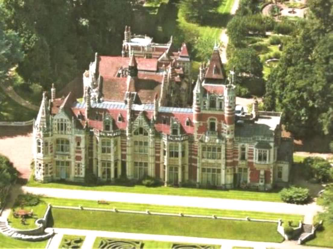 Tour Of Friar Park The Homes Of George Harrison In The