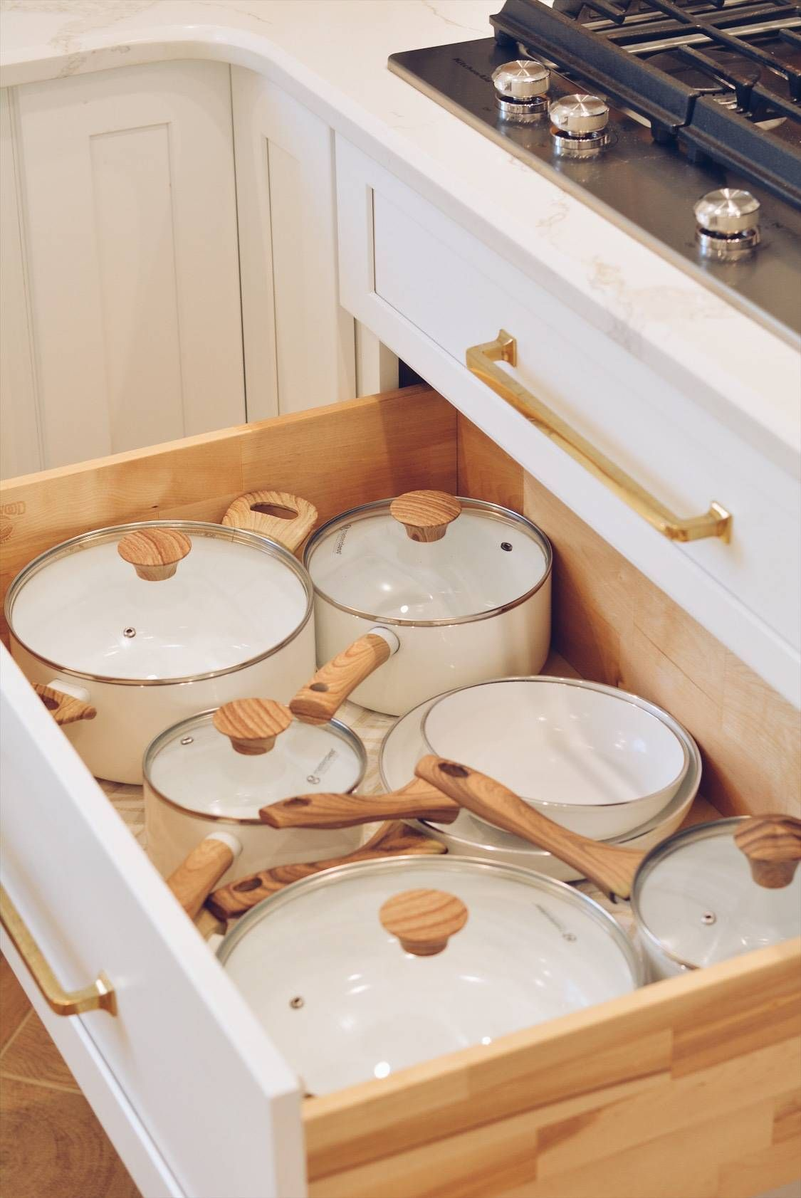 Kitchen Organization: How to Organize Your Kitchen Drawers - The Pink Dream