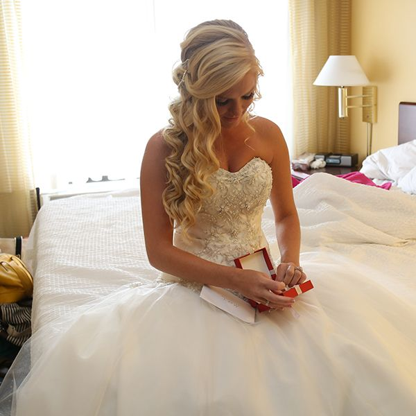 The Prettiest Half Up Half Down Hairstyles Wedding Hair Down Vintage Wedding Hair Wedding Hairstyles For Long Hair