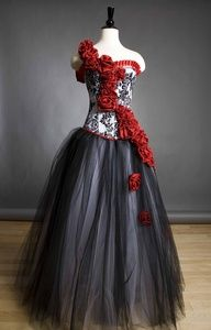 damask red rose burlesque corset black white wed dress