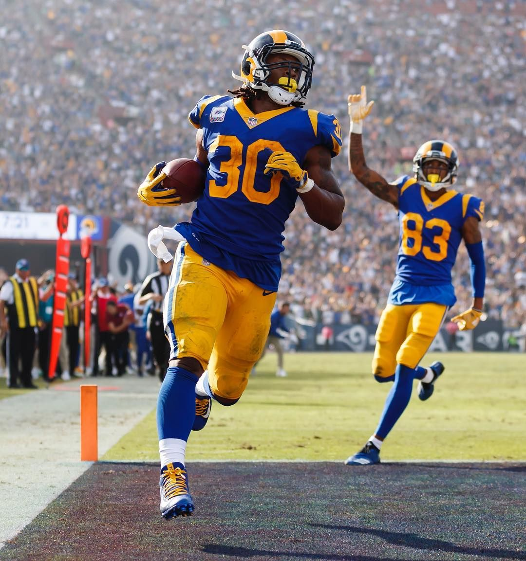 Gurley Gbvslar Nflfocus Rams Nfl Nfl Mobsquad American Football Jersey Rams Football Nfl Football Pictures