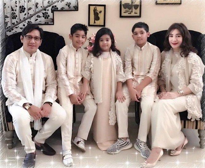 Model Baju Gamis Lebaran 2019 Couple Keluarga   Model, Ide ...