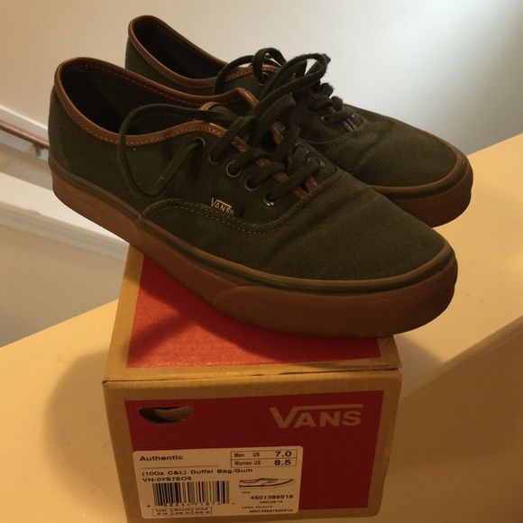 Duffle Bag/Gum Vans Women's 8.5 Men's 7 worn still a lot of love in these. Army Green , bubble gum sole. Authentic. Still have box. No trades. No low balling. Vans Shoes Sneakers