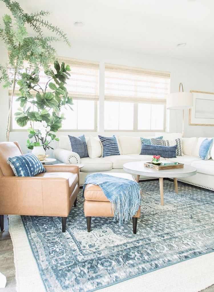 Beachy and Coastal Style Living Room Ideas 19 - HomeKemiri.com #coastallivingrooms