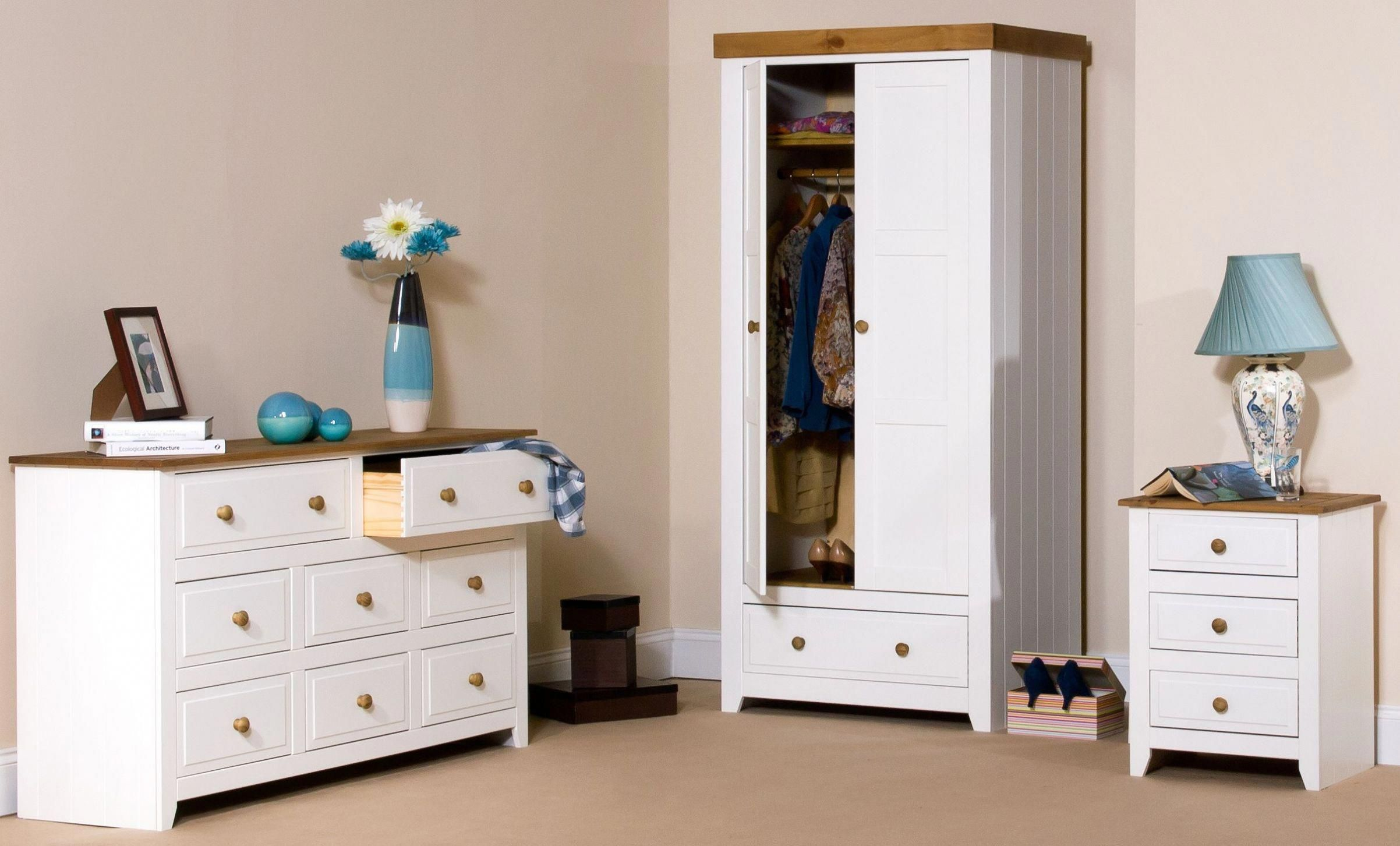 25 weiße SchlafzimmerMöbelDesignIdeen Unusual Doors