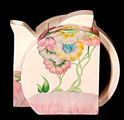 Teapot in the Stamford shape and Pink Pearls Pattern