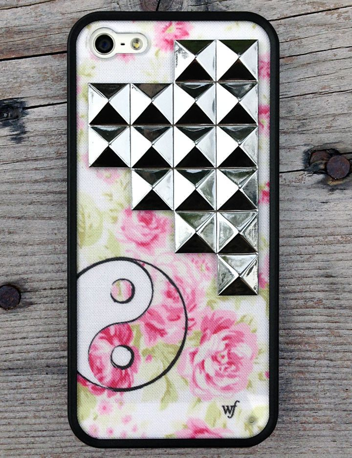 low priced 2185d e235b YIN YANG Silver Studded Pyramid Case | Wildflower Cases | Wildflower ...