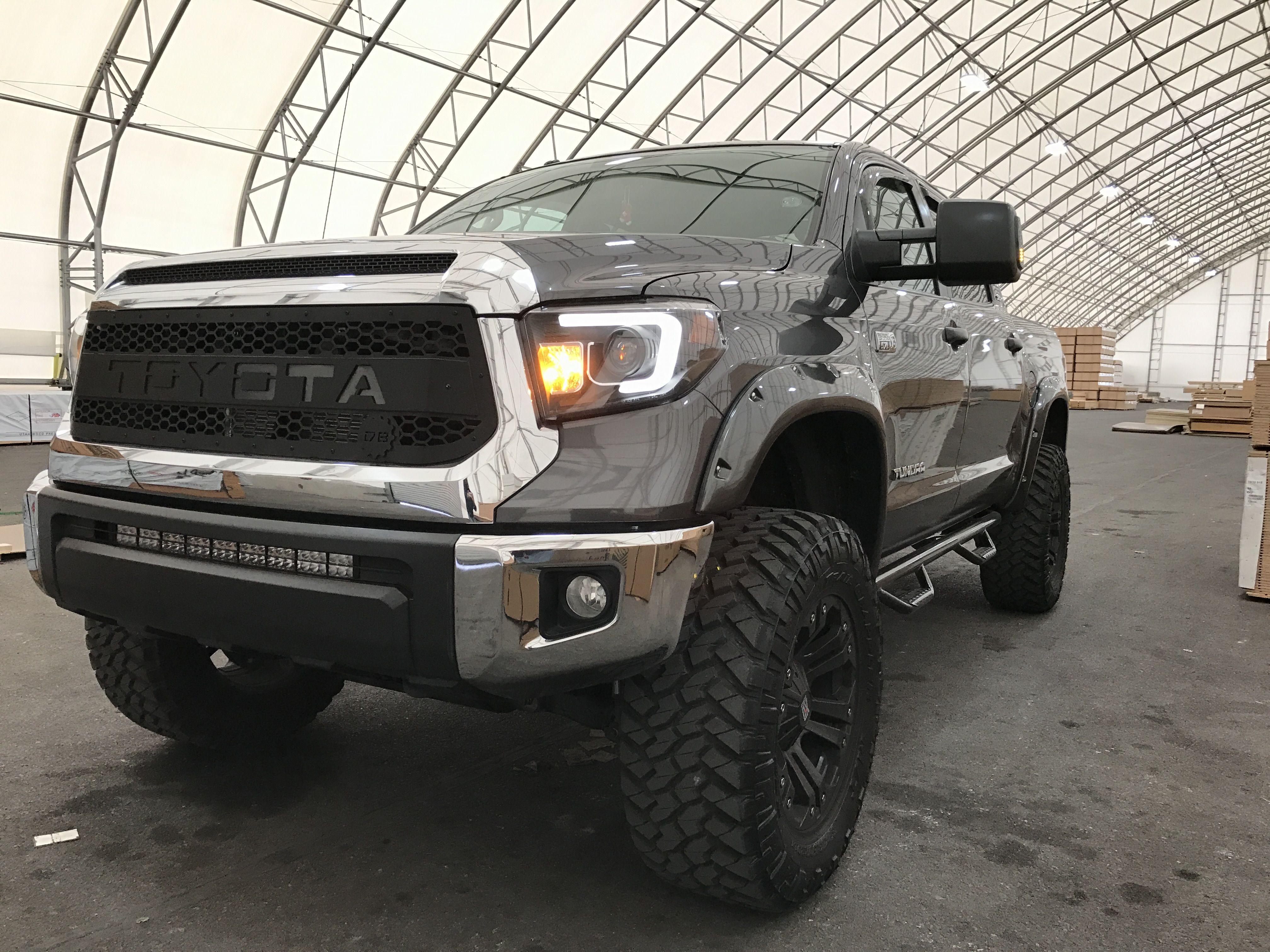 2014 toyota tundra with magnuson supercharger pushing 550 hp