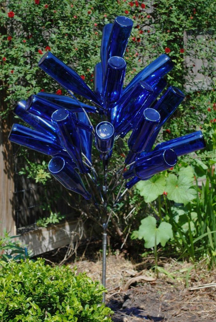 gartenideen flaschen wiederverwenden gartendeko glasflaschen - gartendeko aus metall selber machen