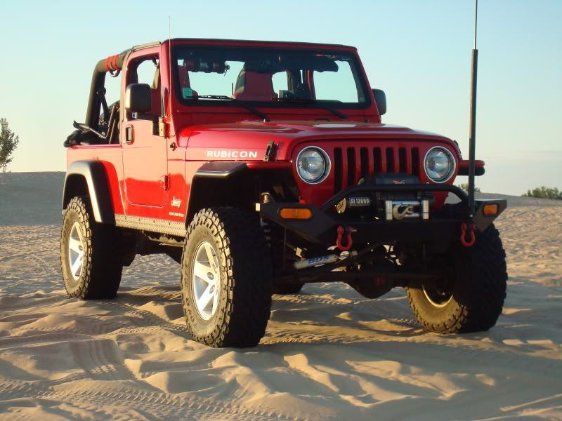 Lj on 33 39 s jeep rubicon unlimited lj pinterest voitures for Garage jeep luxembourg