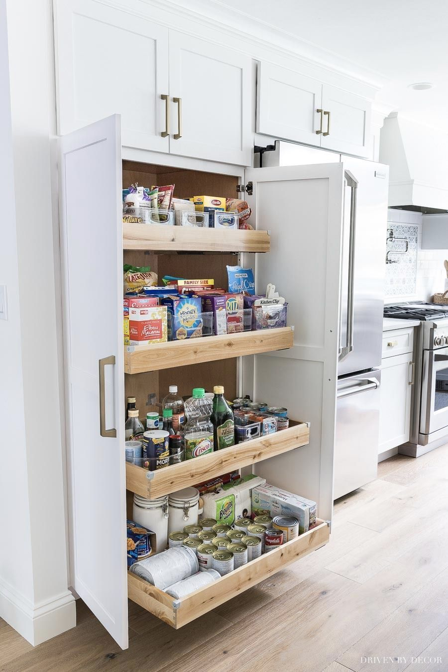 I Need This Pull Out Drawer Pantry In My Kitchen So Organized And Easy To Access E In 2020 Kitchen Cabinets Storage Organizers White Kitchen Remodeling Trendy Kitchen