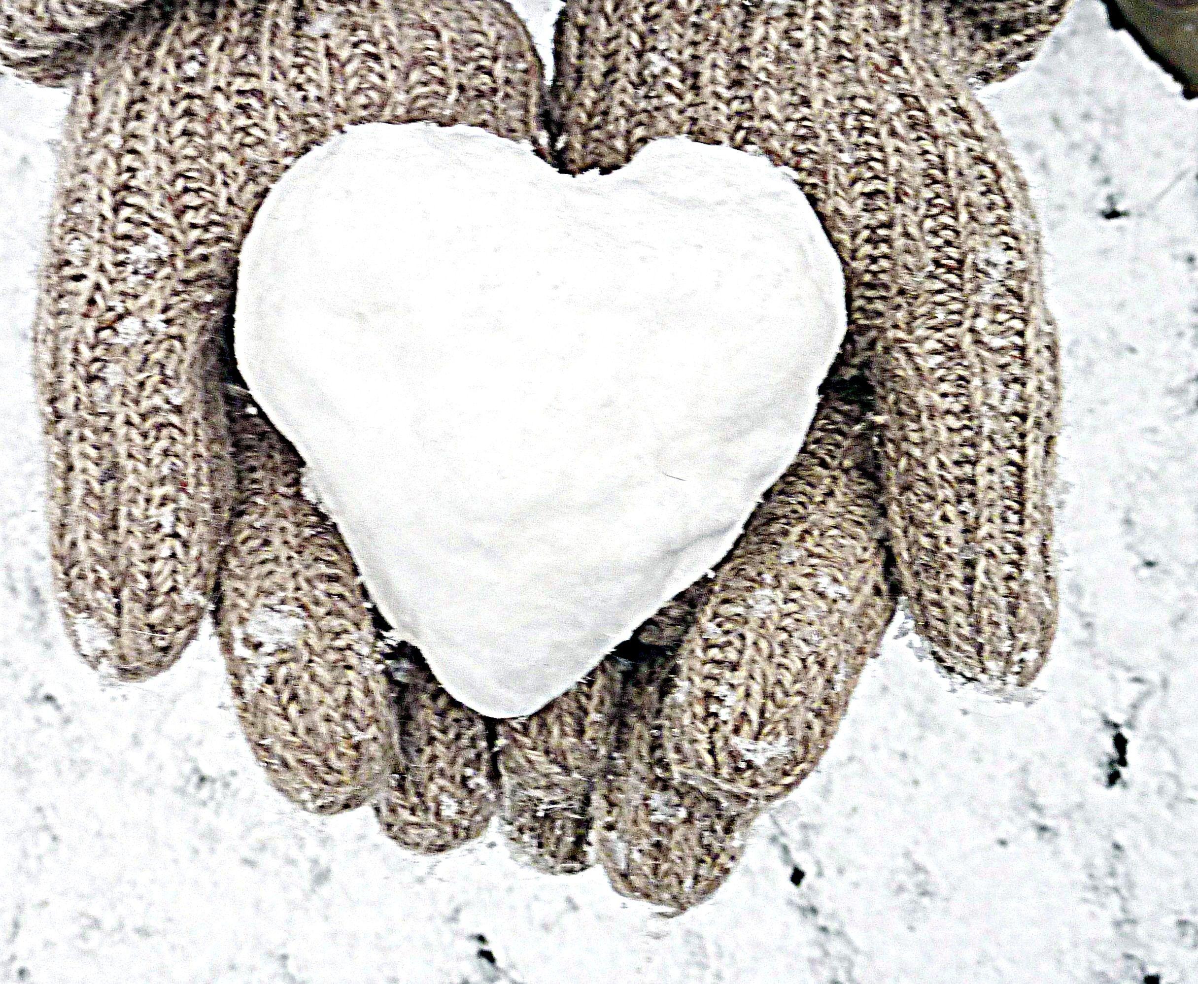Snow heart Herz