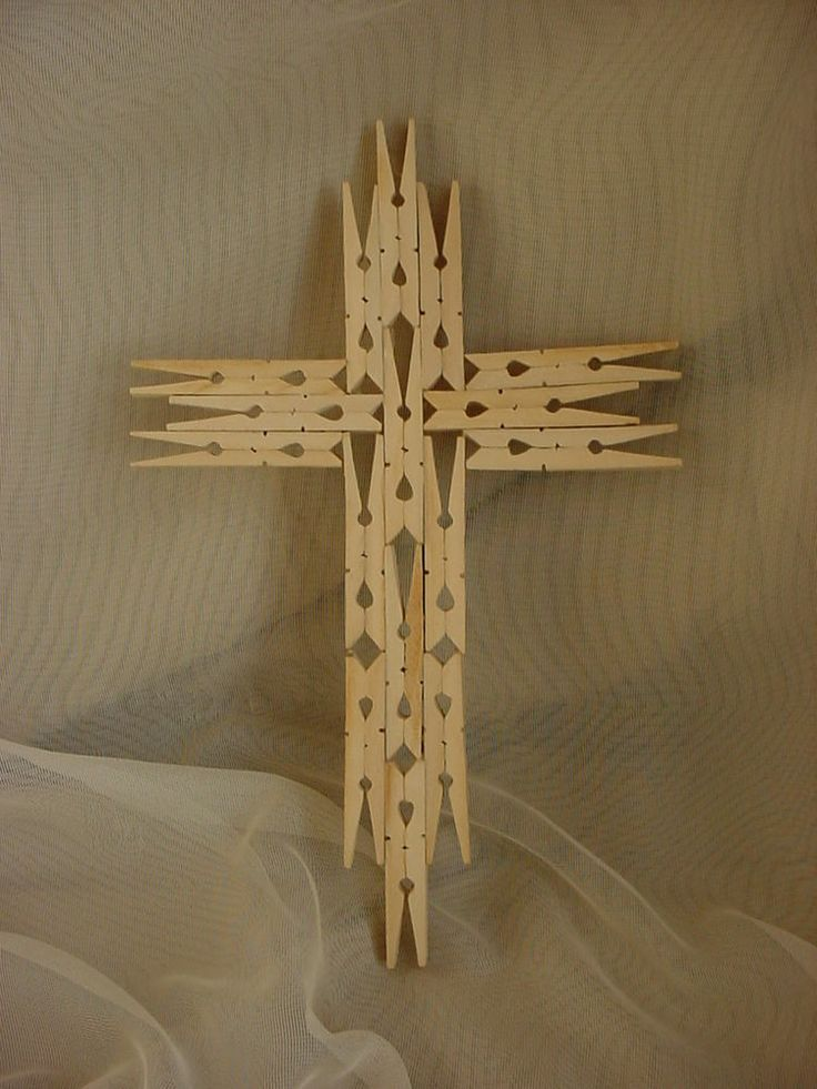 Clothespin cross easter pinterest clothespin cross for Mini clothespin craft ideas