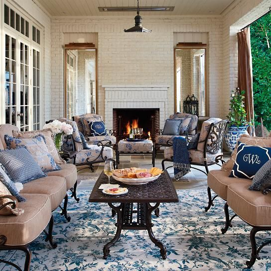Outdoor Area Rugs Perfect For Your Living Es We Offer Solid Out Door And Patterned Made Of All Weather Materials