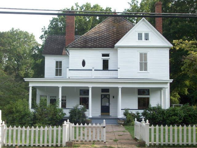 house used in halloween movie on conyers st in covington ga