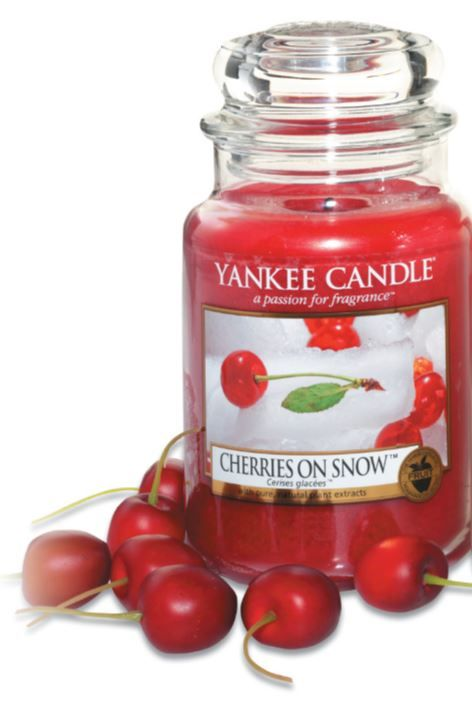 Large Yankee Candle Jar Cherries On Snow
