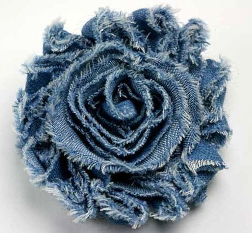 How to make flowers out of denim?