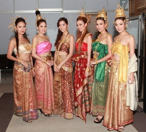 Cambodian Wedding Hairstyles: Traditional Dress In Thailand