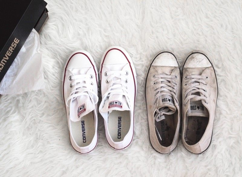 0762e165884e6a White low cut converse old vs new