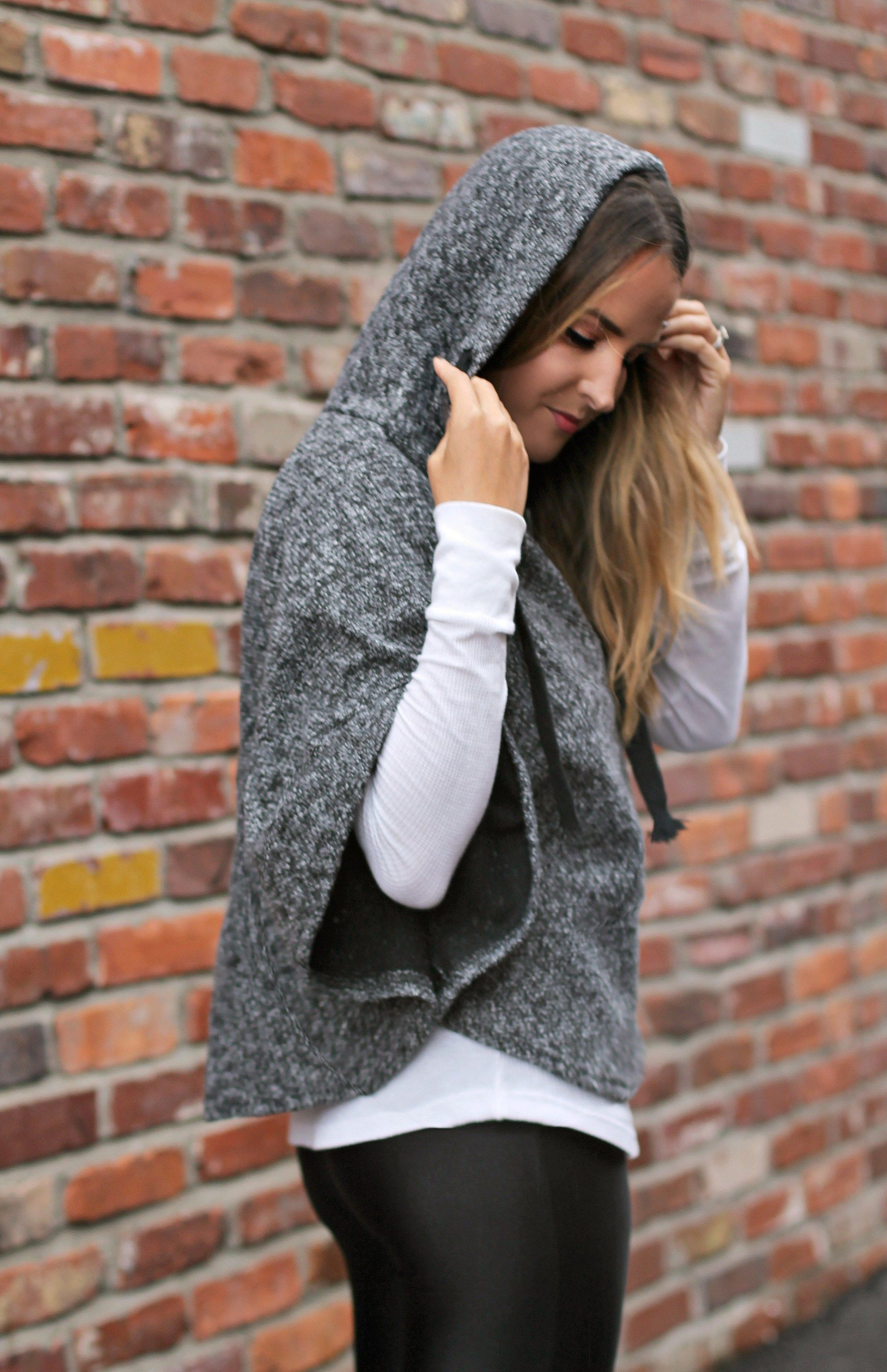 Grey Hooded Sweatshirt #athleisure #athleticstyle #mystyle #winterstyle #outfitideas #weekendstyle #weekendoutfitideas #brunchoutfitideas #rosegoldsneakers #sneakerstyle #nashvillestyle #nashvillefashionblogger #fashionblog #rippedleggings #casualoutfitideas