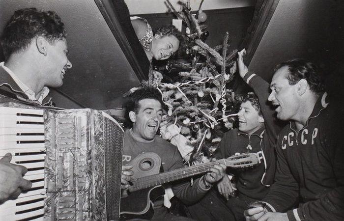 Советские новогодние фотографии | Фотографии, Старые фото ...