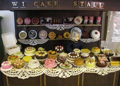 Village Fete Cake Stand