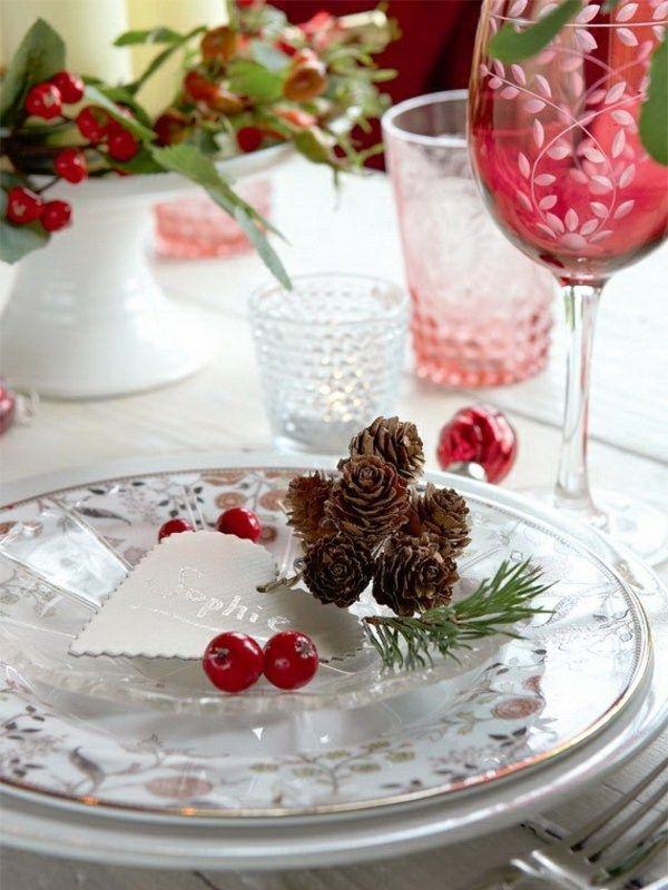 Winter Deko Zapfen Rote Blumen Tischdekoration Winter