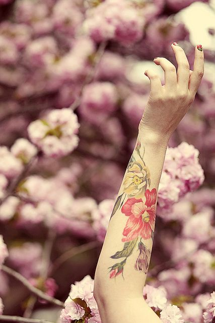 Cherry Blossoms in Bloom / via Keiko Lynn's Blog // such and impressive water color like tattoo.