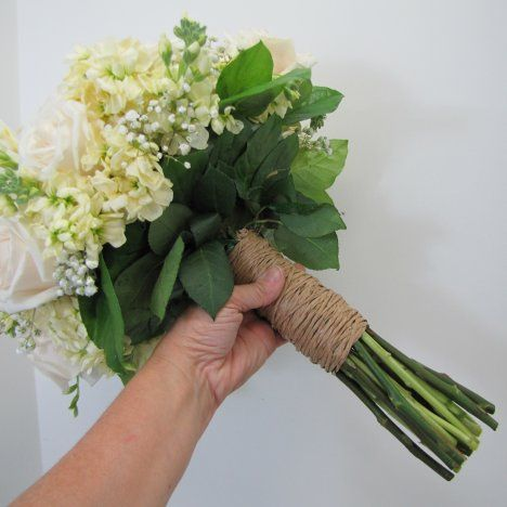 Wrapping Hand Tied Bouquet Stems - Easy Flower Tutorial