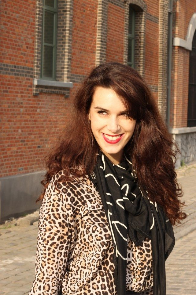 Curls and Bags by Nathalie Van den Berg: Outfit: Leopard