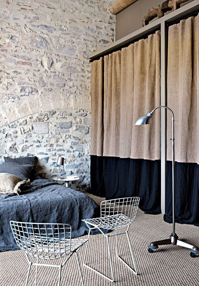 d co loft style industriel 12 id es au top murs de pierre apparente et le froid. Black Bedroom Furniture Sets. Home Design Ideas