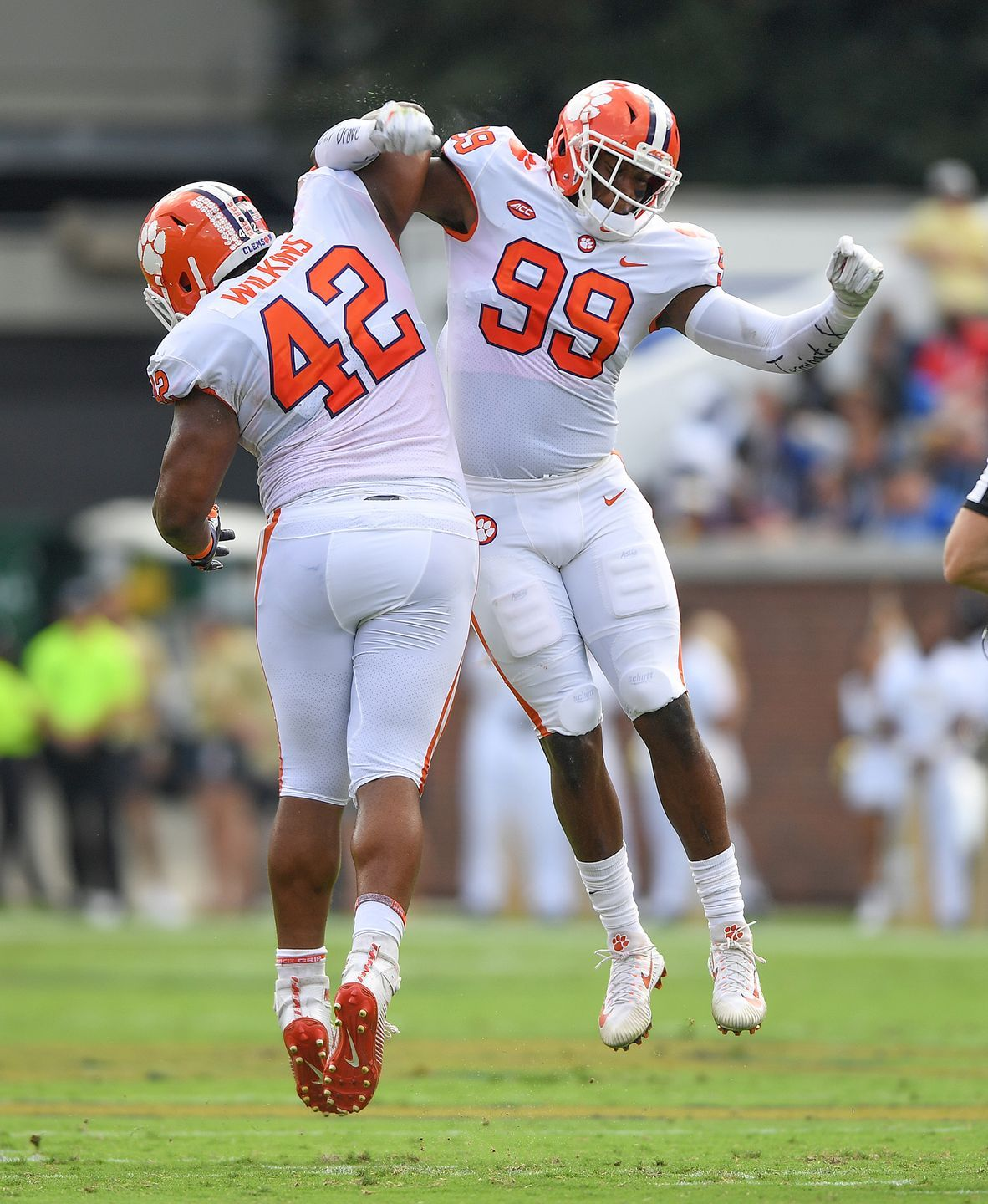 Clemson defensive lineman Christian Wilkins (42