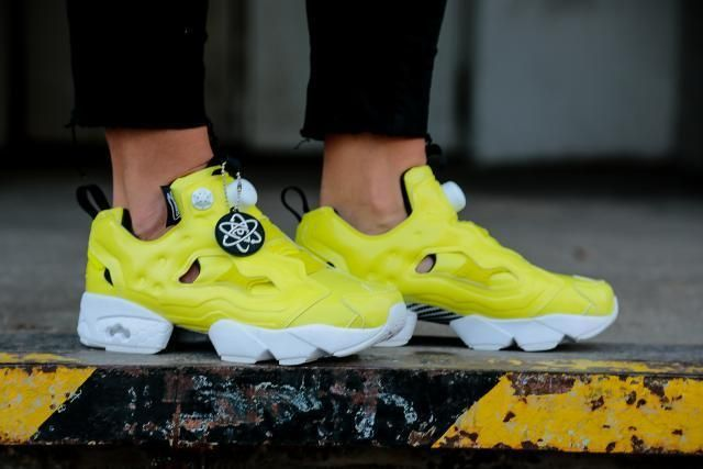 06ca441d126f23 NEW Reebok Instapump Fury Overbranded Classic   Hero   Yellow sizes 4- 6.5   Reebok