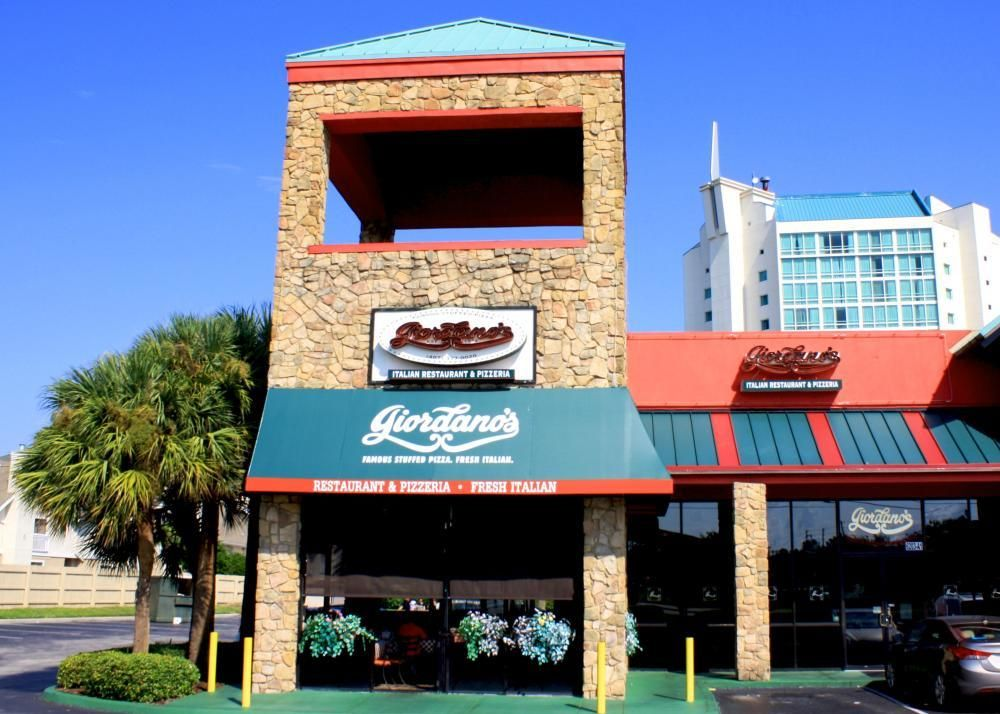 Best Orlando Restaurants For Christmas 2020 Best Deep Dish Pizza Orlando   Universal Studios | Giordano's in