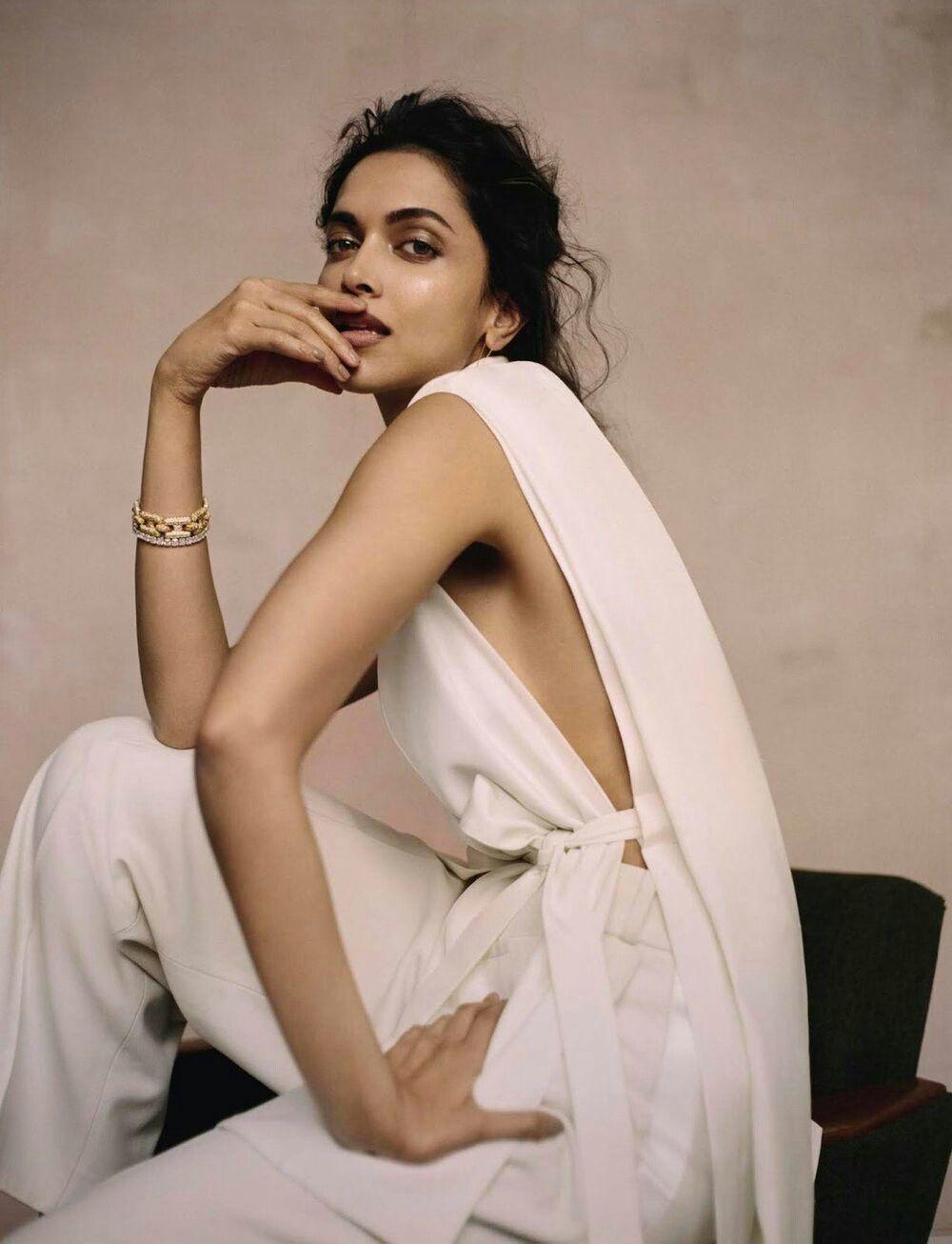 Pin By Yejene Ha On Deepika Padukone Deepika Padukone Style Beautiful Indian Actress Deepika Padukone