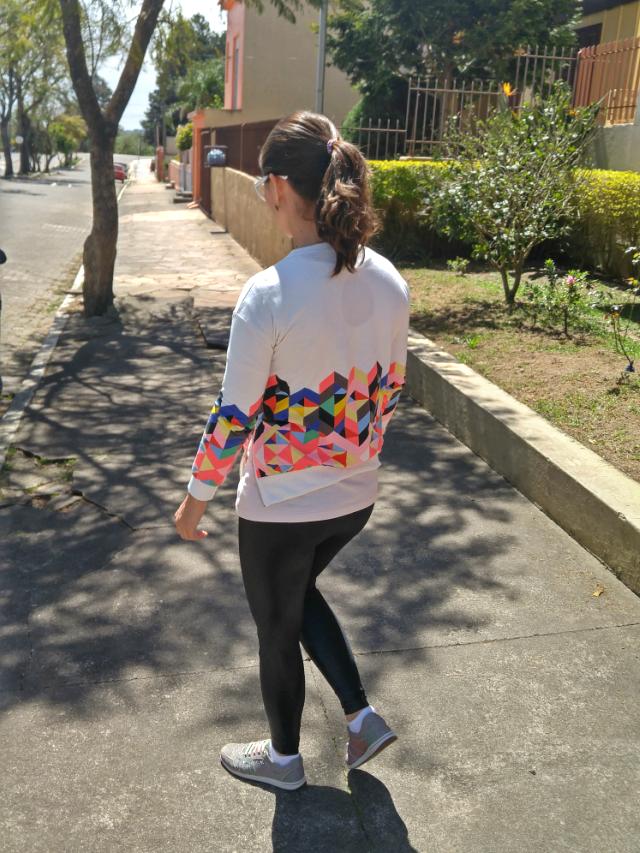 Blog Femina - Modéstia e Elegância: Moletom e legging de couro