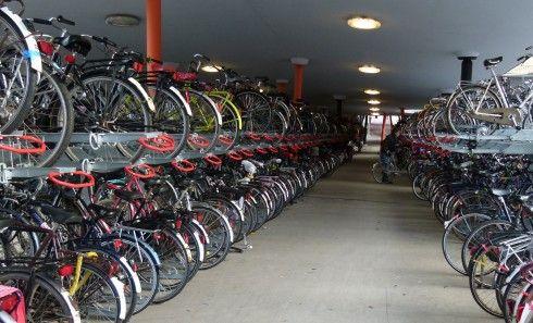 er komt ook een fietsenstalling in de parkeergarage. Richard Cirkel