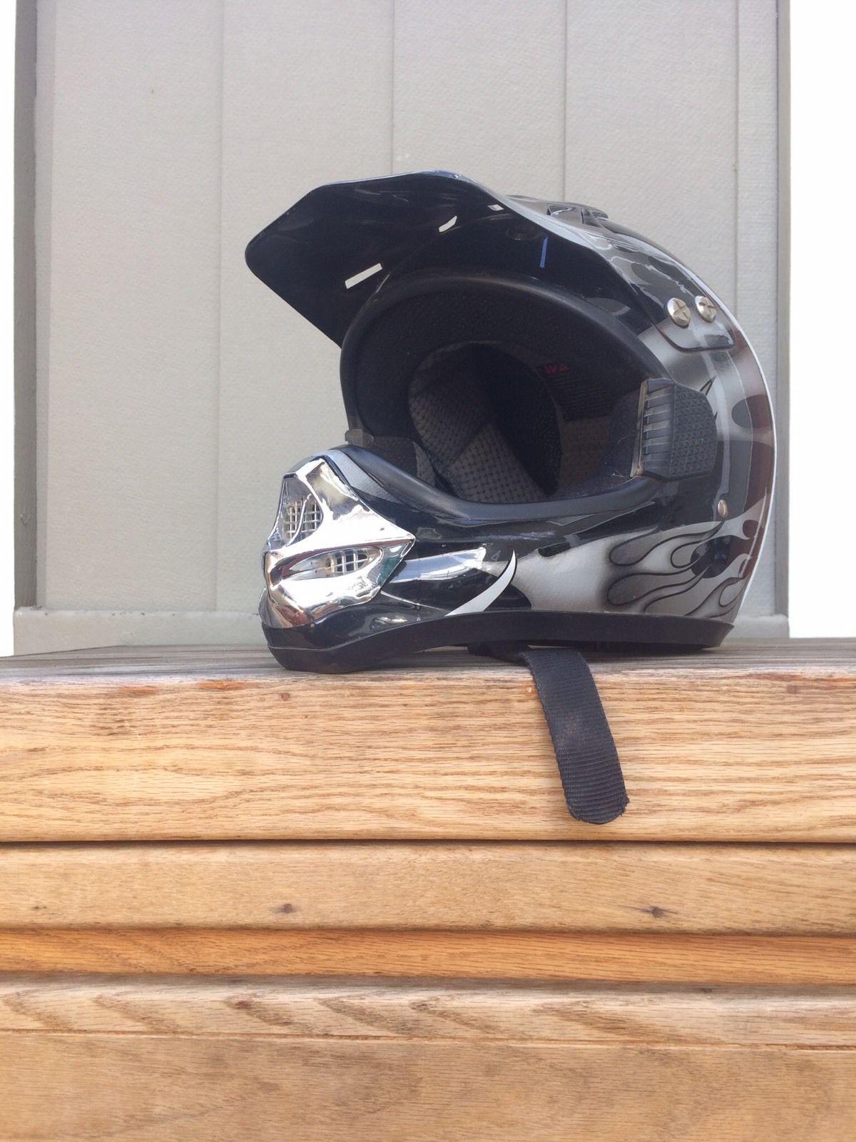 http motorcyclespareparts net teq dot large helmet in good