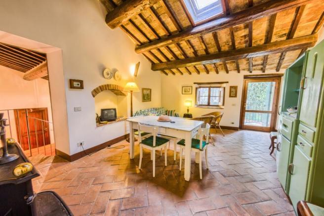2 bedroom farm house for sale in Umbria, Perugia, Perugia