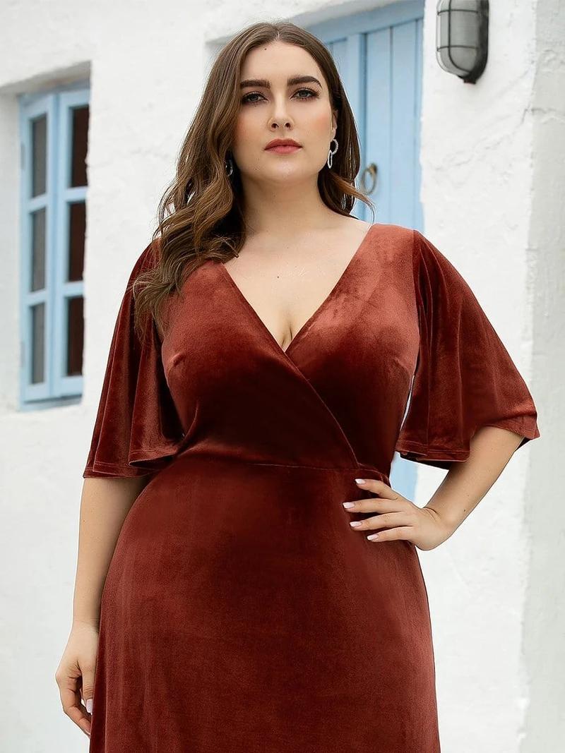 Vintage Plus Size Floor Length Velvet Evening Dresses - Ever-Pretty US#plussizedresses#plussize#dresses#dress#weddingguestdress#maxidress#everpretty#velvetdress