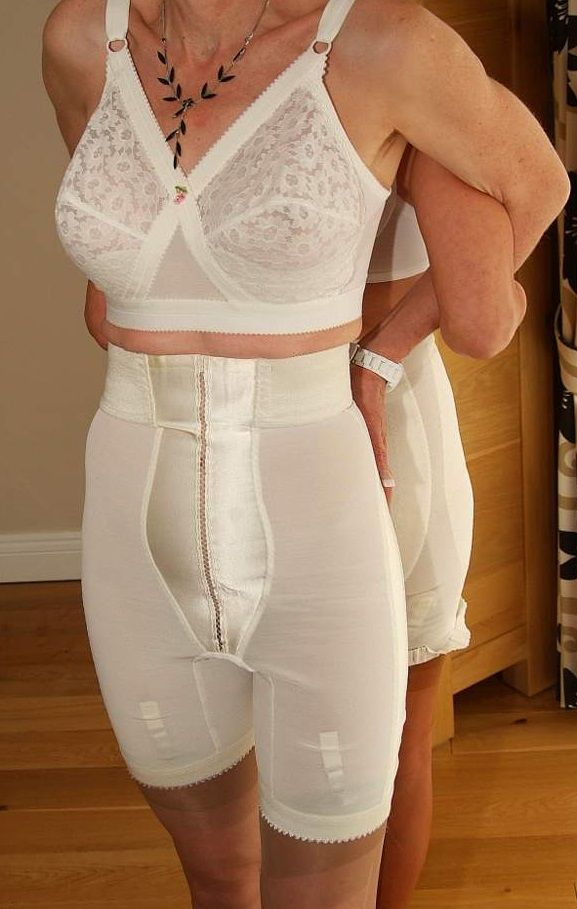 Old Women Girdle Lesbian Pic 65