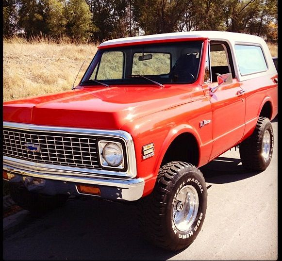 Lifted Muscle Car Yes Please: Chevy Blazer!!! YES PLEASE