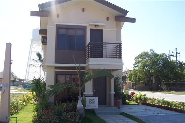 Collection: 50 Beautiful Narrow House Design for a 2 Floor Home With Small  Lot - Bahay OFW