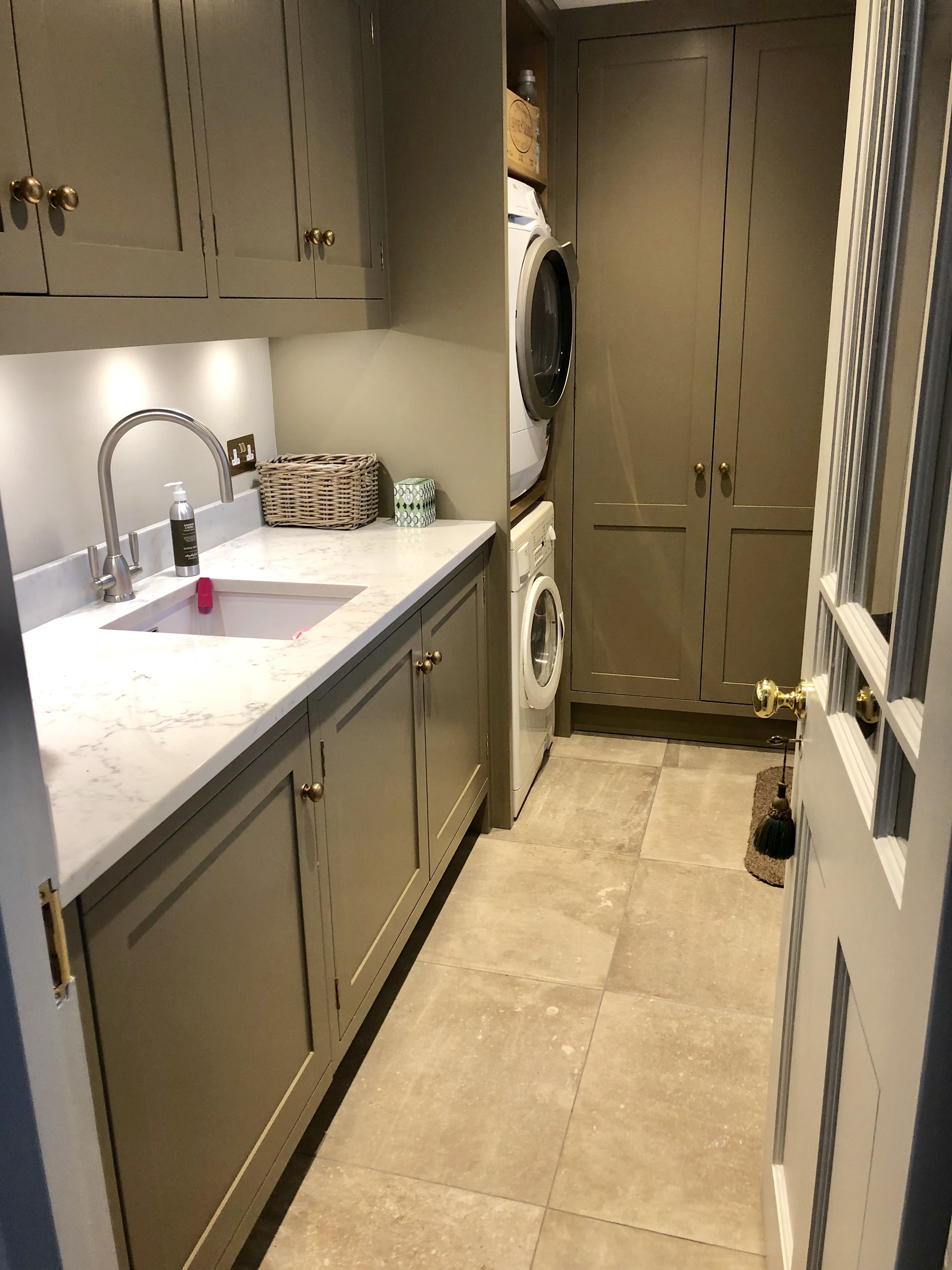 Best Small But Perfect Utility Room Mowlem Co Farrow Ball 640 x 480