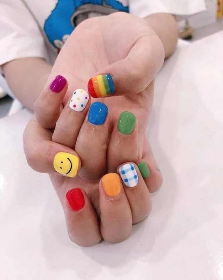 26 Korean Minimalist Simple Nail Art Designs 2