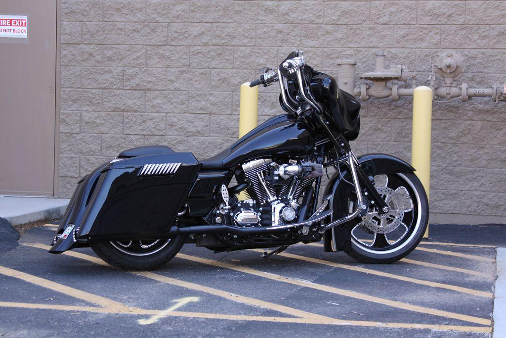 Custom Street Glide Bagger