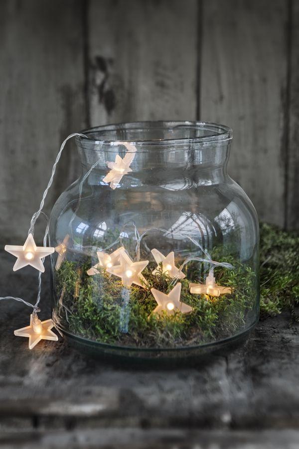 Chunky vase with moss  battery star lights, beautiful vánoce